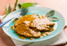 Escalopes de ternera en salsa de curry